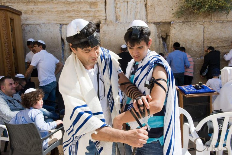 Tefillin in Judaism - Passover by Moses